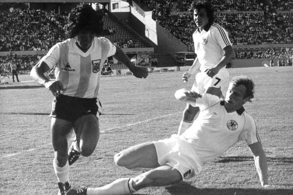Fussball-Mini-WM-Deutschland-Argentinien-1-2-1981-