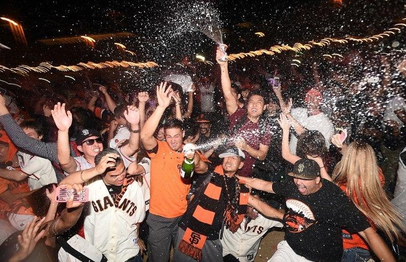 1414694826921 wps 43 San Francisco Giants fans