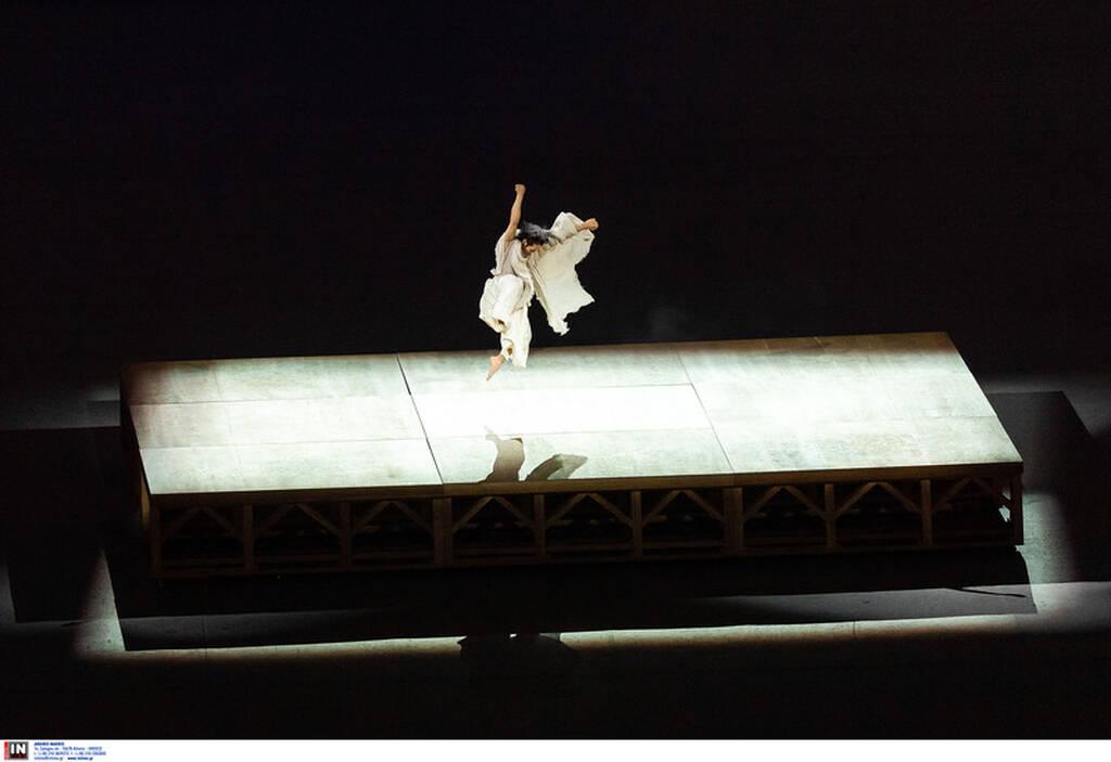 Ολυμπιακοί Αγώνες: Φαντασμαγορική η Τελετή Έναρξης – Ξεκίνησε το… ταξίδι (videos+photos)