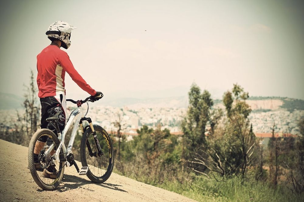 Mountain Bike Downhill: Pure escape from reality…