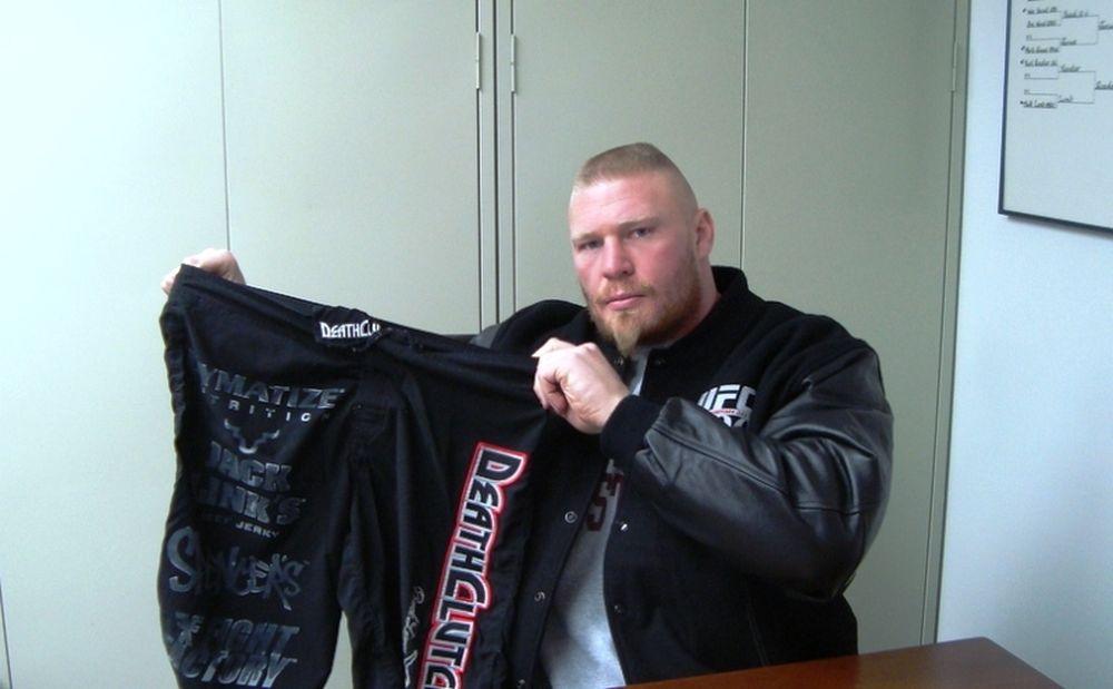 Για πάντα UFC ο Lesnar