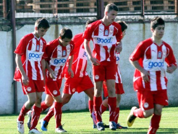 Αστέρας Τρ.-Ολυμπιακός 0-2 (Κ17)