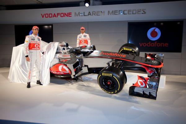 F1: Παρουσιάστηκε η McLaren – Mercedes του 2012