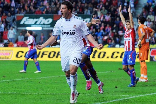 Αγχώθηκε, αλλά νίκησε, τη Χιχόν η Ρεάλ Μαδρίτης