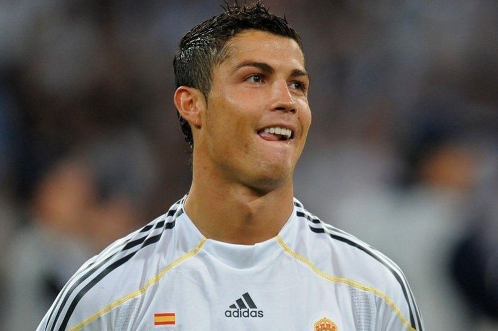 Ρονάλντο: «Το πρώτο γκολ θα έρθει από τον κόσμο»
