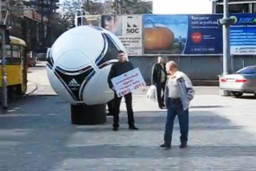 Euro 2012: «Είμαι εντελώς ηλίθιος»