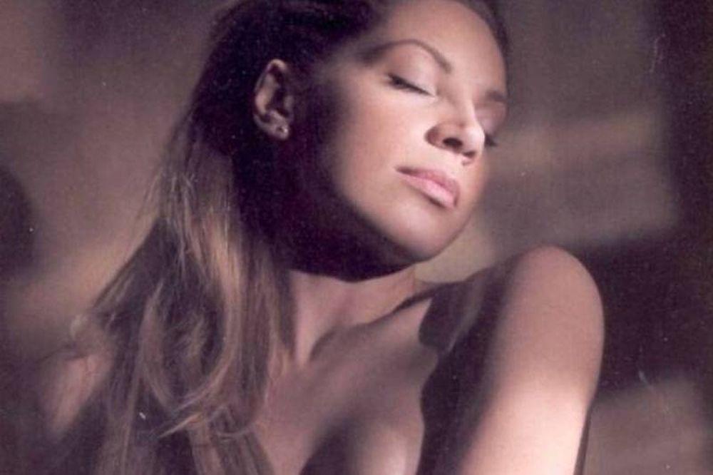 Η σέξι Μαριάντα Πιερίδη (photos)