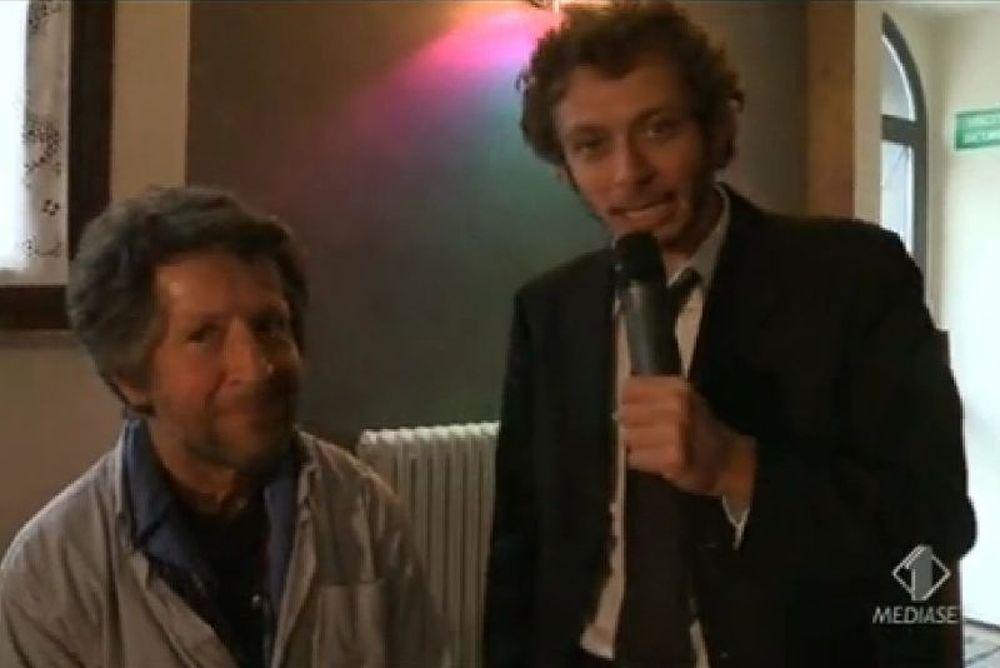 Ο Ρόσι πήρε συνέντευξη από τον... πατέρα του (photos+video)