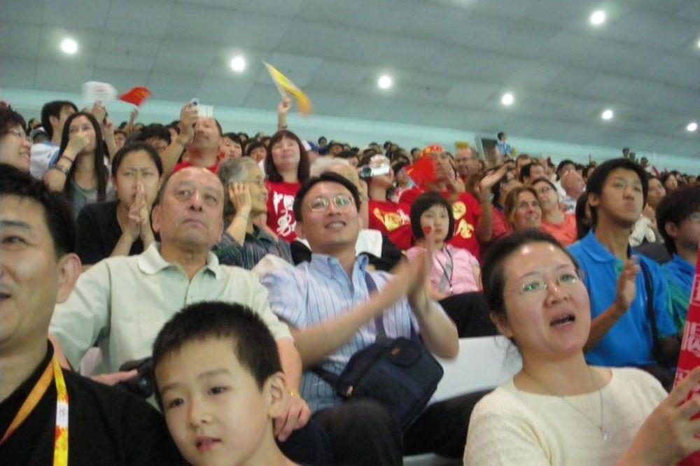 Euro 2012: Φουλ των… Κινέζων σε Ουκρανία και Πολωνία!