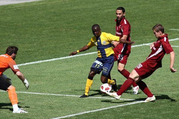 Παπαγεωργίου: «Μόνο η ΑΕΛ στο γήπεδο…»
