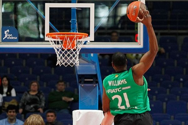 Λατάβιους Ουίλιαμς: Ο πιο θεαματικός παίκτης της ACB (video)