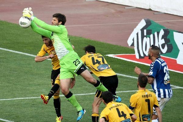 Με τράβηγμα αγωνιζόταν ο Κωνσταντόπουλος!