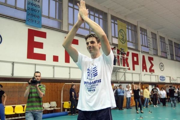 Πολυτιμότερος παίκτης ο Αντρέι Κράβαρικ