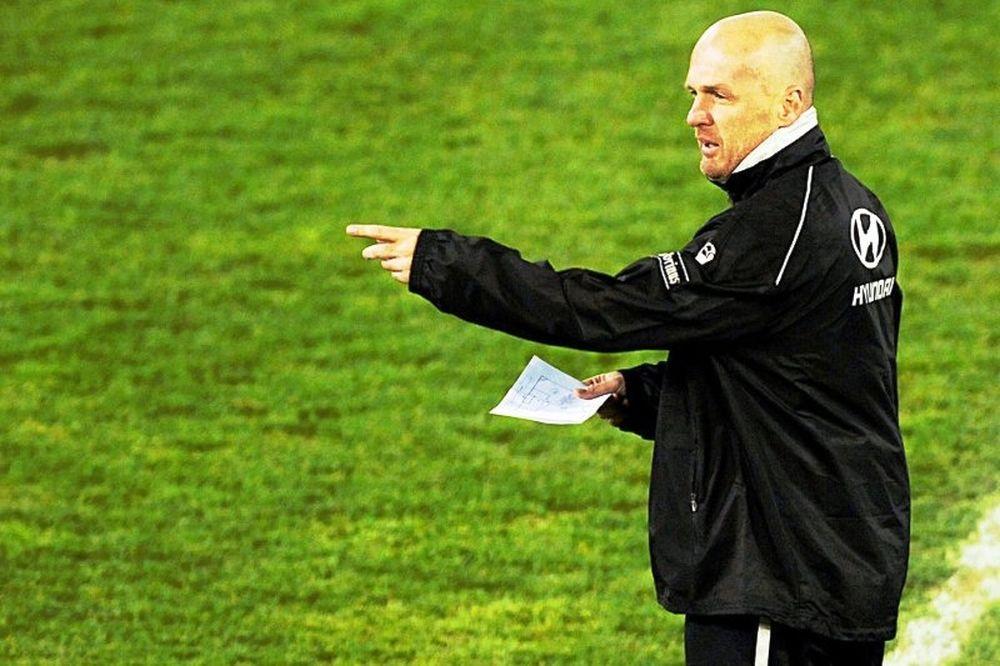 Euro 2012: Ανανέωσε με Τσεχία ο Μπίλεκ