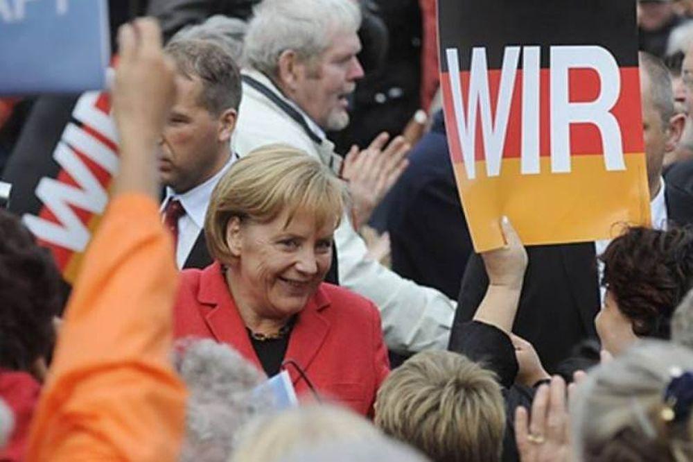 «Κατρακυλάει» η δημοτικότητα του κόμματος της Μέρκελ
