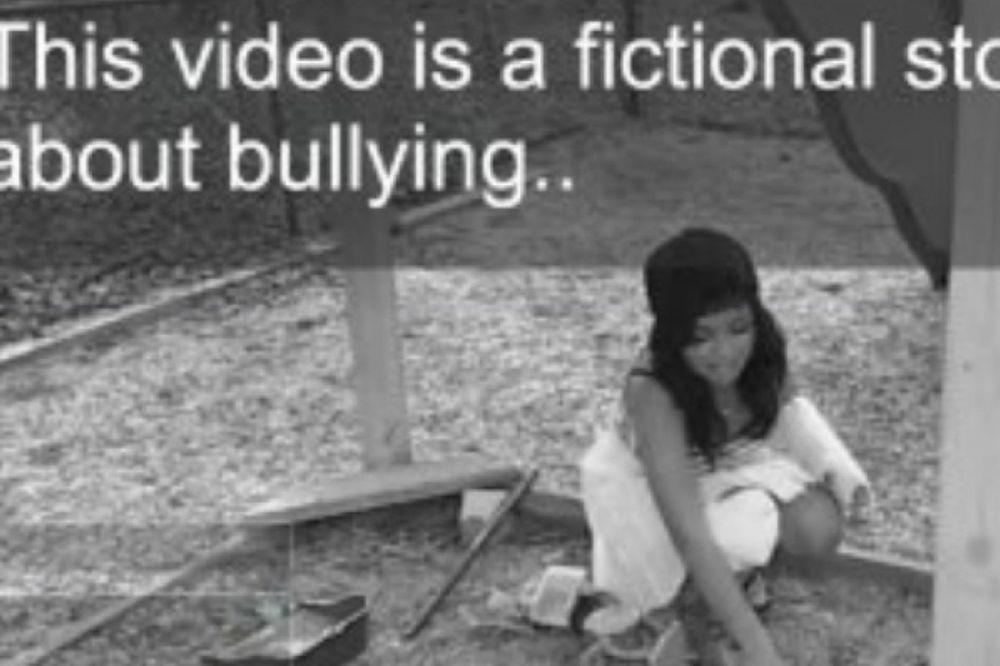 ΣΟΚ στο Facebook με ψεύτικο βίντεο αυτοκτονίας 12χρονης (video)