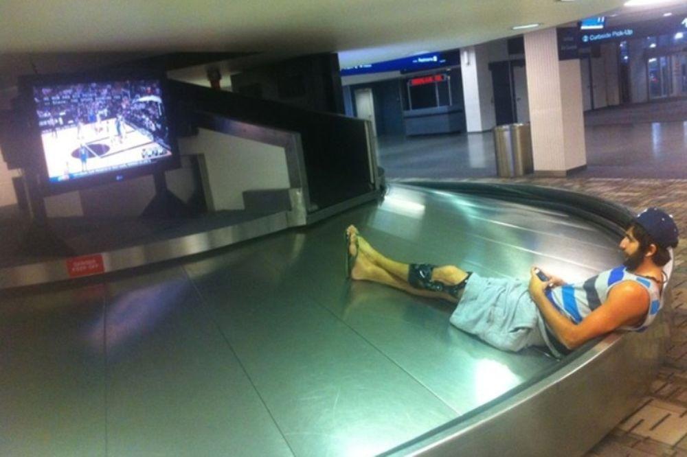 Ο Ρούμπιο είδε Σπερς – Θάντερ αραχτός στο αεροδρόμιο!