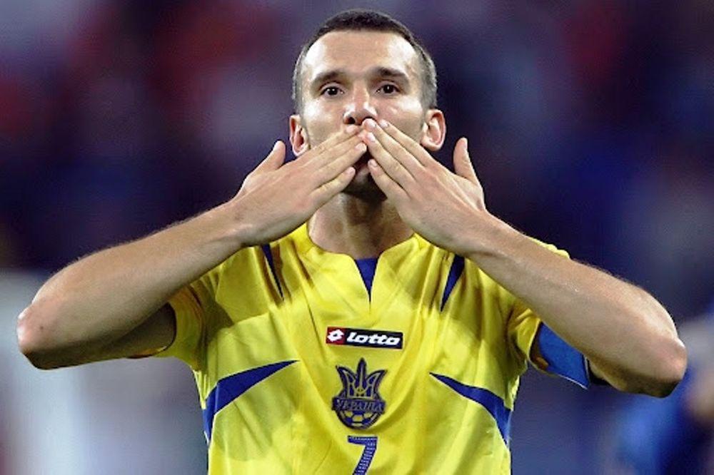 Euro 2012: Συνιστά ηρεμία ο Σεφτσένκο