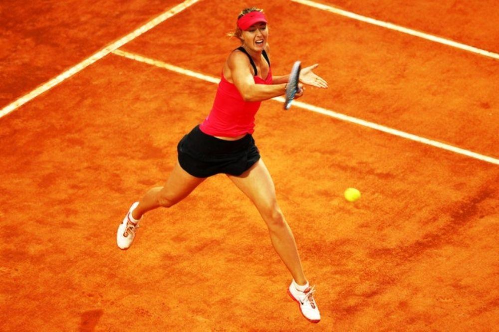 Roland Garros: Άνετα η Σαράποβα