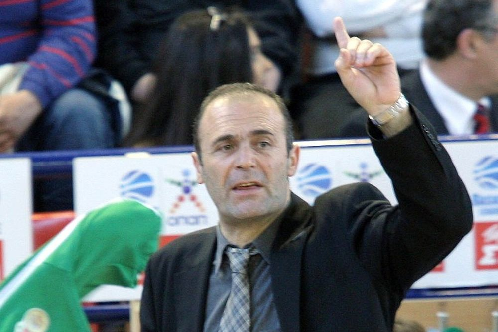 Πεντάδα Ελλήνων θέλει ο Καλαφατάκης στον ΚΑΟΔ