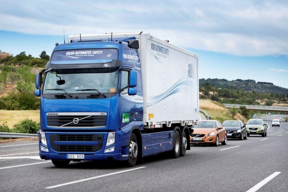 Τα Volvo του SARTRE στο δρόμο