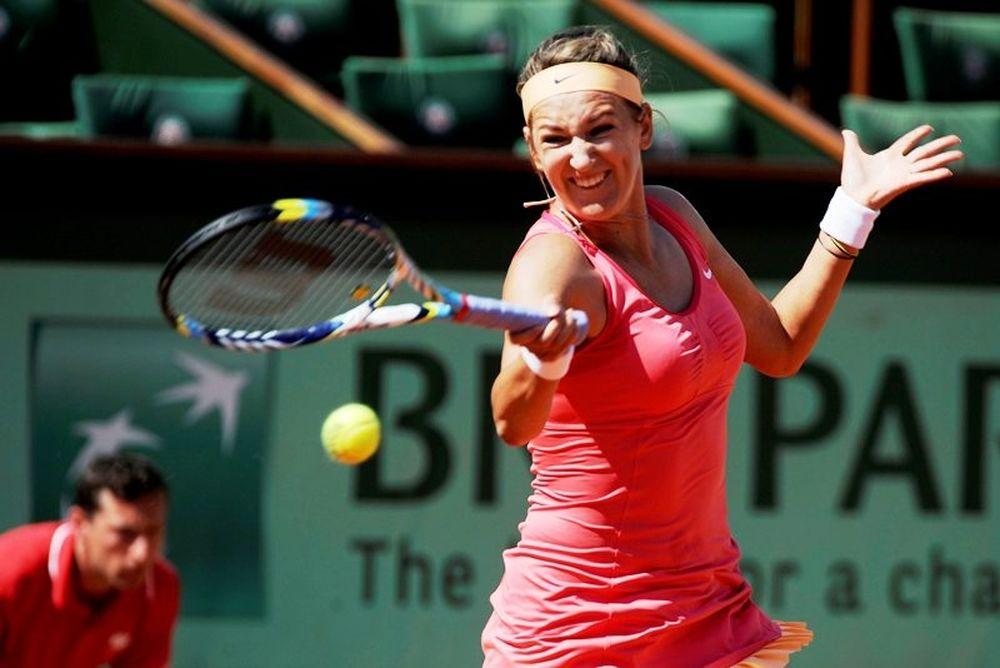 Roland Garros: Άνετα η Αζαρένκα