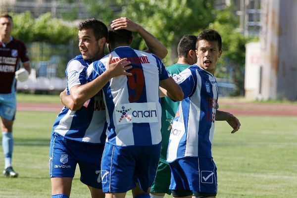 Νίκησε (2-0) τον Αχαρναϊκό η Καλλιθέα