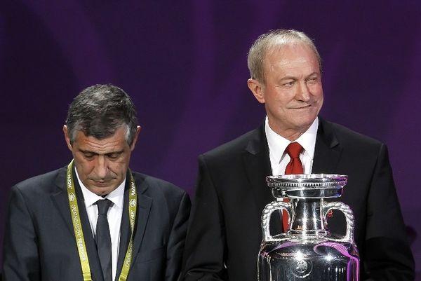 Σμούντα: «Φαβορί η Ελλάδα για την πρεμιέρα του Euro 2012»