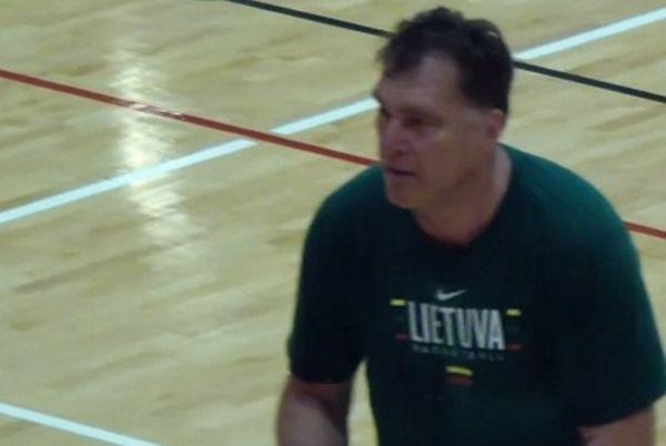 Ο Σαμπόνις στην… εθνική Λιθουανίας! (video)