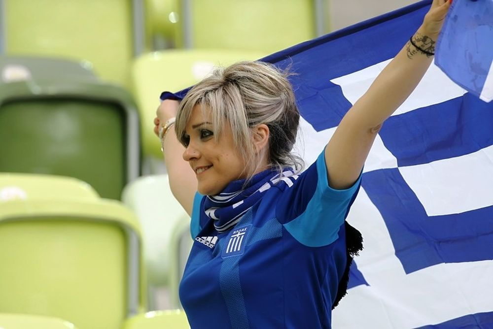 Euro 2012: Νικήτρια στις κερκίδες (photos)