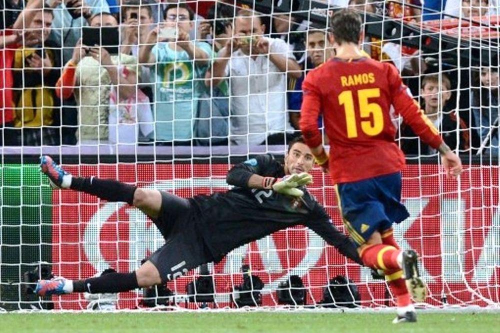 Euro 2012: Ράμος: «Ήθελα να δώσω απαντήσεις» (video)
