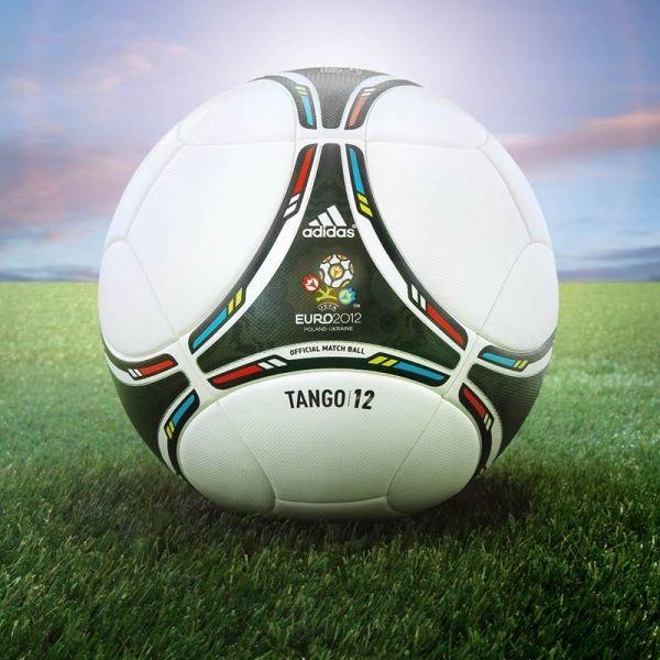 Adidas Tango 12: H νέα μπάλα της Super League