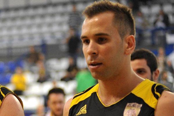 Βασιλόπουλος: «Άδικο που δεν ανέβηκε η ΑΕΚ»