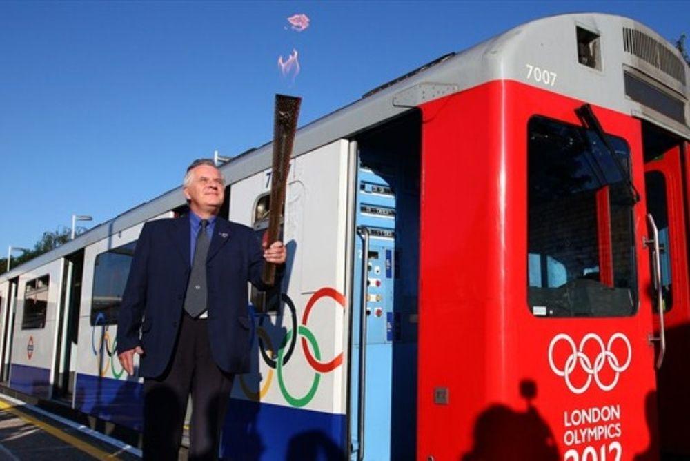 Ολυμπιακοί Αγώνες 2012: Η Ολυμπιακή Φλόγα στο... μετρό!