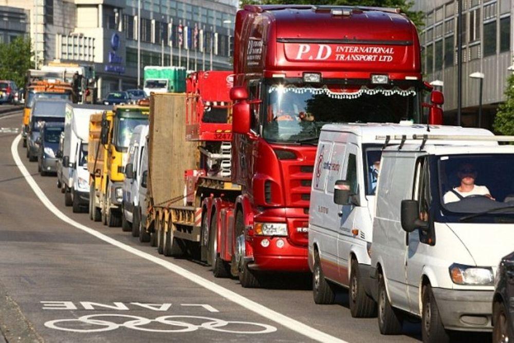 Κυκλοφοριακό κομφούζιο στο Λονδίνο