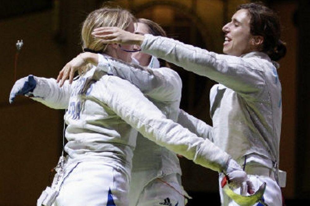 Ολυμπιακοί Αγώνες 2012: Η Ζαγκούνις σημαιοφόρος των ΗΠΑ