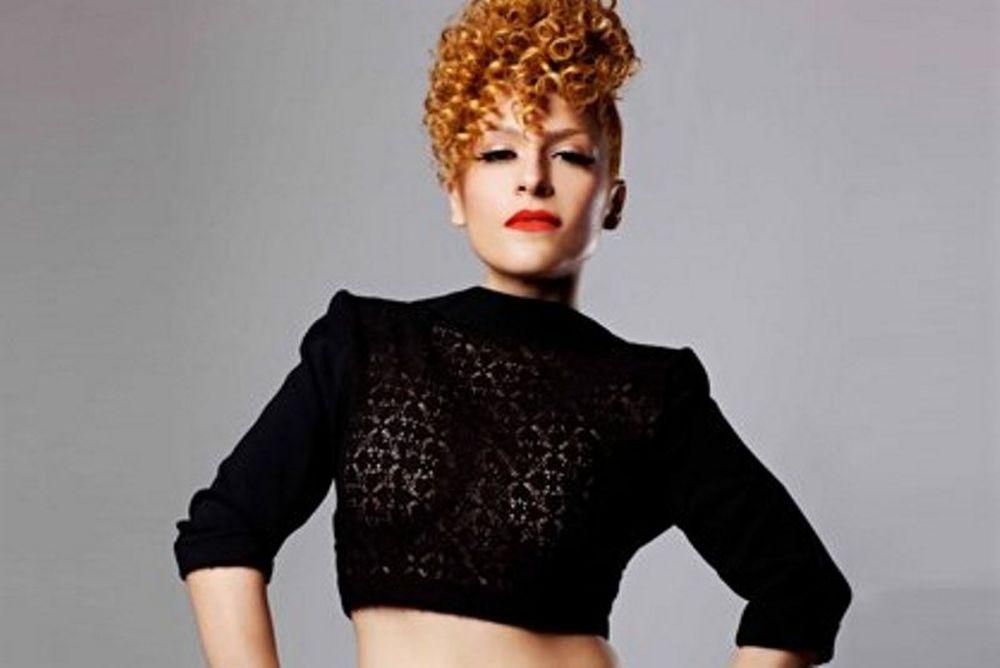 Τι κάνει η τραγουδίστρια Γιάννα Τερζή στη Νέα Υόρκη;