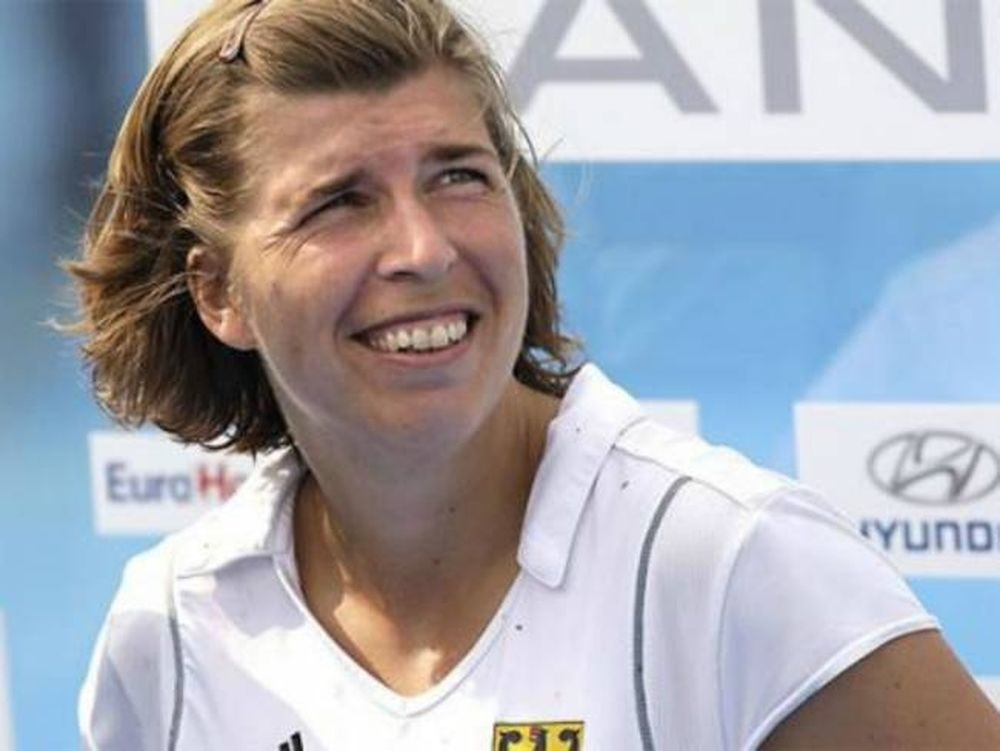 Μούφα ή αληθινό; Ξυπόλητοι Ελληνες στο twitter Γερμανίδας αθλήτριας!