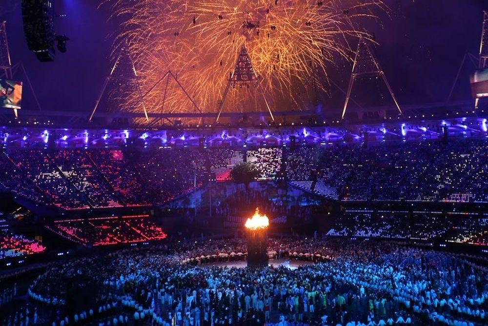 Ολυμπιακοί Αγώνες 2012: Η Φλόγα άναψε και ο Ρογκ μας κούφανε! (photos-videos)