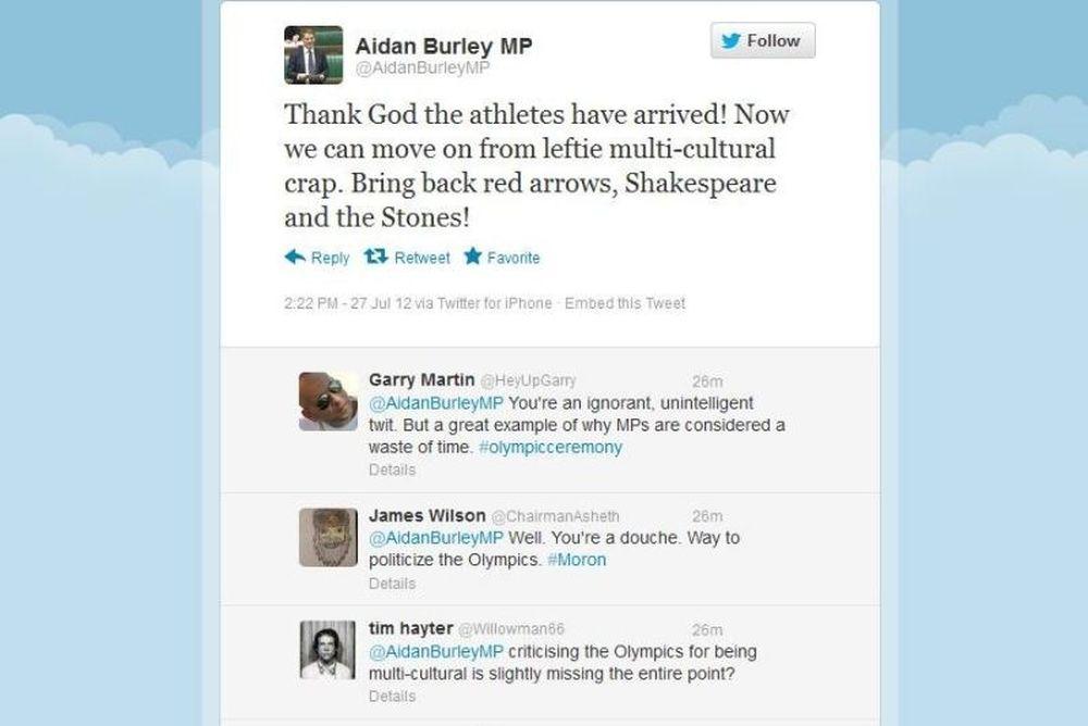 Τελετή έναρξης-Άγγλος Βουλευτής: «Ευτυχώς έφτασαν οι αθλητές!»