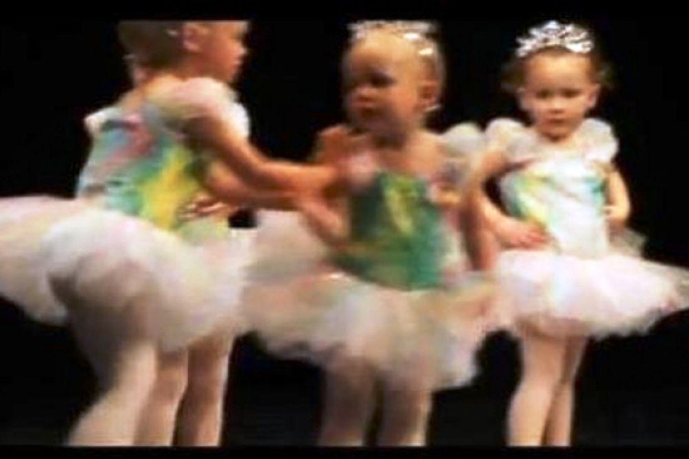 Απρόβλεπτος καβγάς σε ρεσιτάλ χορού 2χρονων! (vid)
