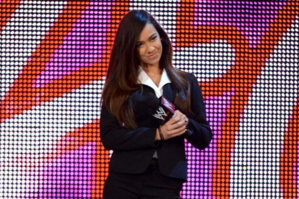 Triple Threat στο SummerSlam όρισε η AJ