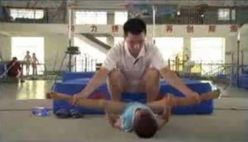 Βίντεο σοκ: Ετσι «γεννιούνται» Κινέζοι Ολυμπιονίκες
