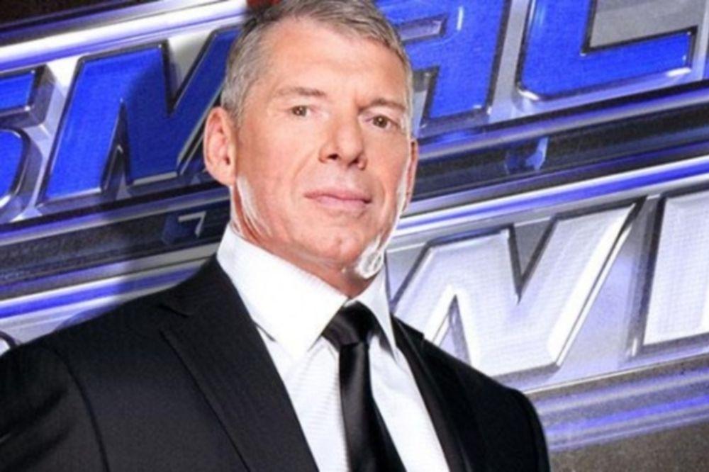 Επιστρέφει και στο SmackDown o Vince McMahon
