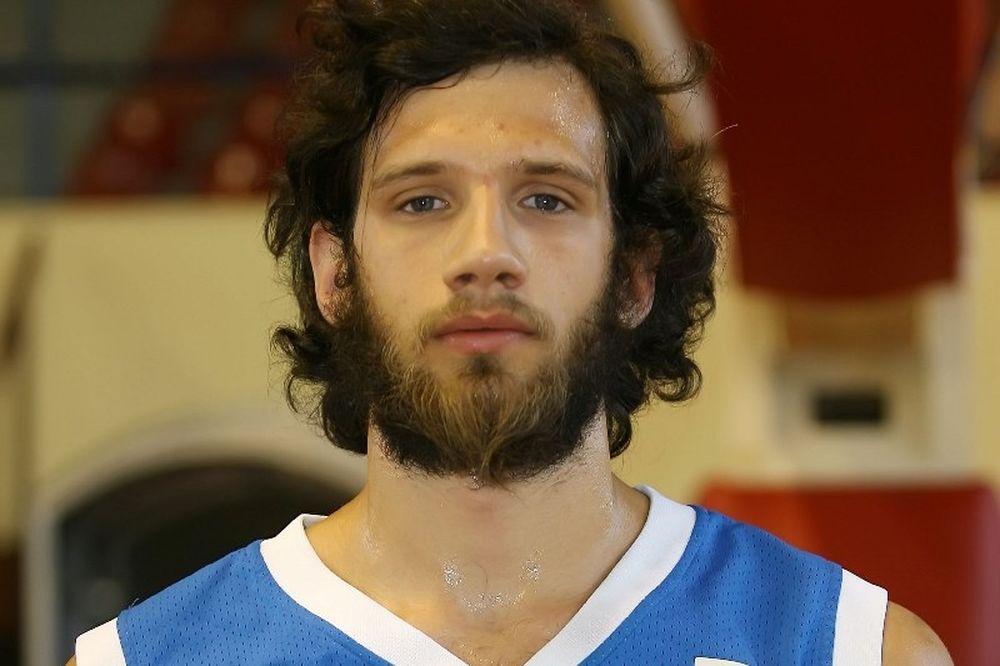 Γιαννόπουλος: «Ν' αγαπήσουμε το μπάσκετ περισσότερο»