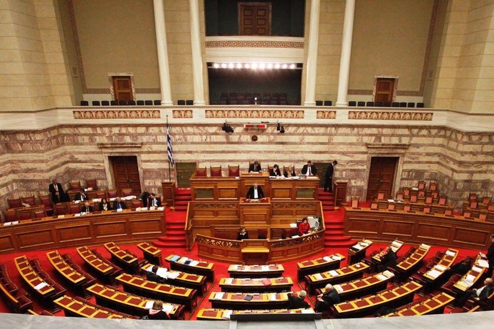 Στη Βουλή η τροπολογία για τις ΠΑΕ