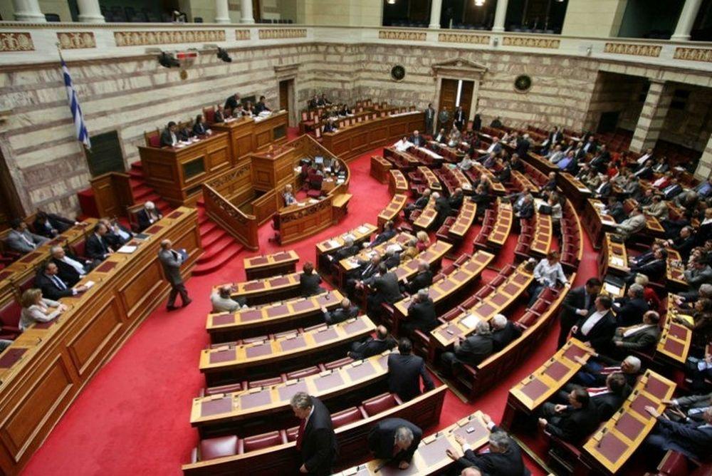 Πέρασε η τροπολογία, όχι η ρύθμιση χρεών