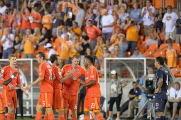 CONCACAF Champions League: «Τεσσάρα» για τους Ντάιναμο