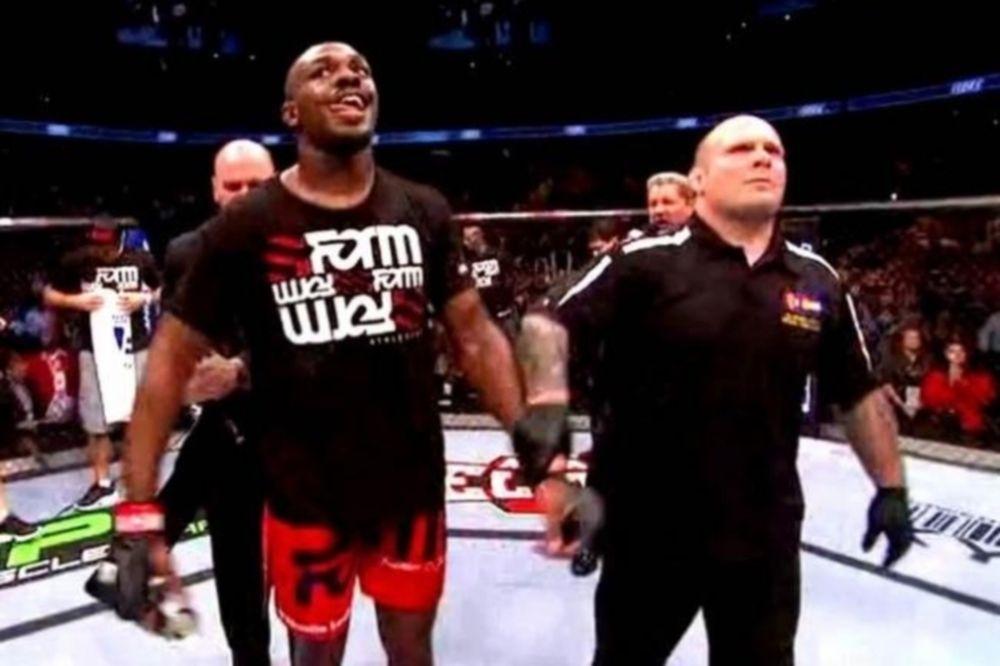 UFC 152: Τέταρτη υπεράσπιση για τον Jon Jones (photos + videos)