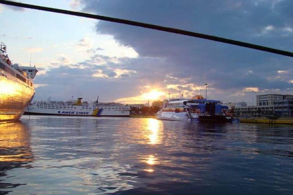 Oι κρουαζιέρες στην Μαύρη θάλασσα θα σταματούν στον Πειραιά